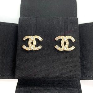 CHANEL Gold CC Square Round Crystal Brand New Stud
